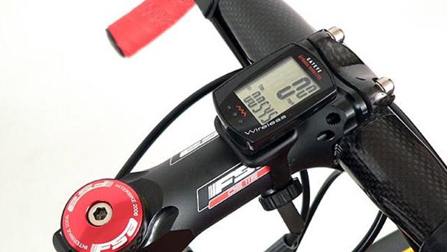 Cateye Strada Wireless Bike Computer Navigation Delta